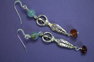 goddess_dvagateandcarnelian_earrings_reverse_scaled