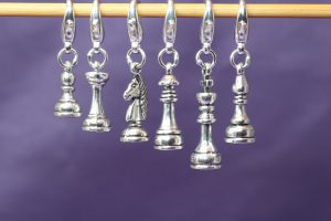 chess_set_crochet_hanging_scaled